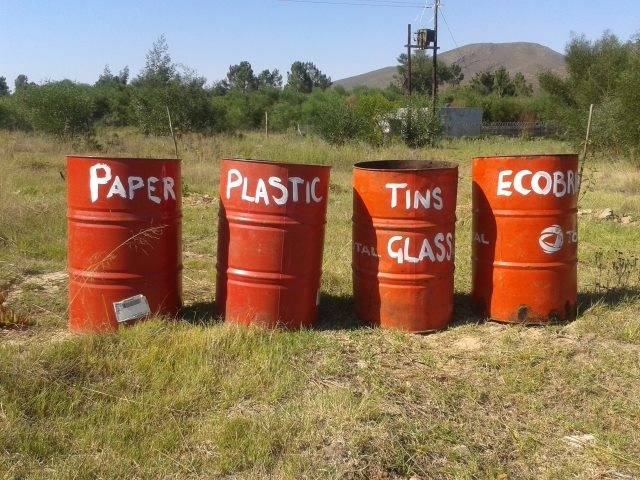 Today is international plastic bag free day blog two for Kitchen bins cape town